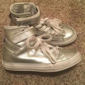 Girls Sz 2 Converse Silver High Top Tennis Shoes